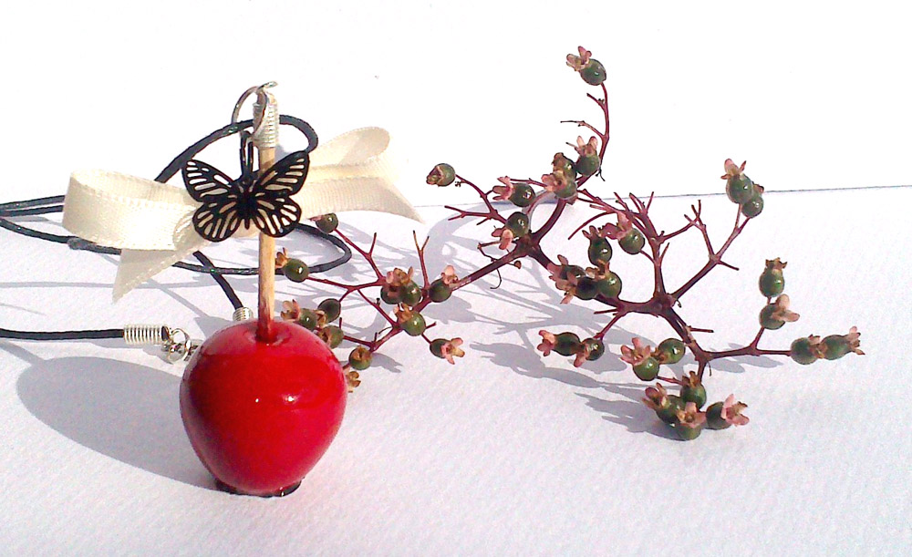 Collier pomme d 39 amour papillon cr ation vente de bijoux fantaisie - Pomme papillon ...